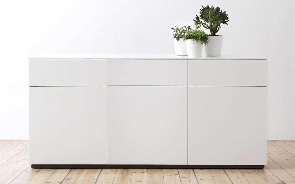 voice arctic sideboard 180 cm four mit 3 schubladen. Black Bedroom Furniture Sets. Home Design Ideas