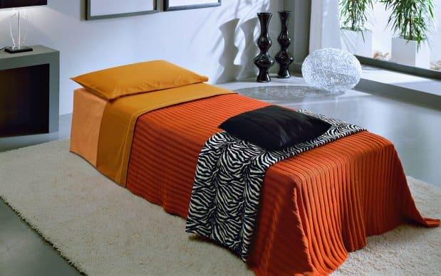 Meta Gästebett Gerry ausgeklappt Farbe C485 Orange