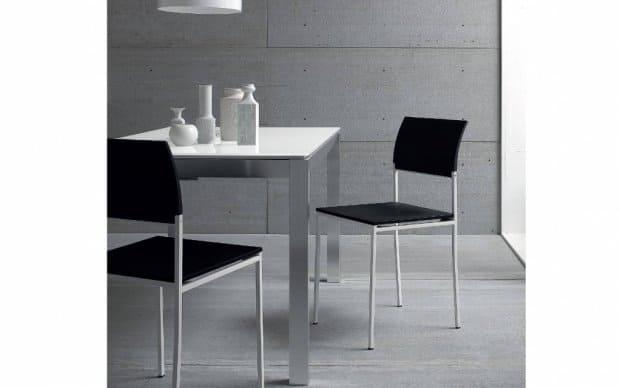 Sedit Stuhl Sintesy schwarz lackiert